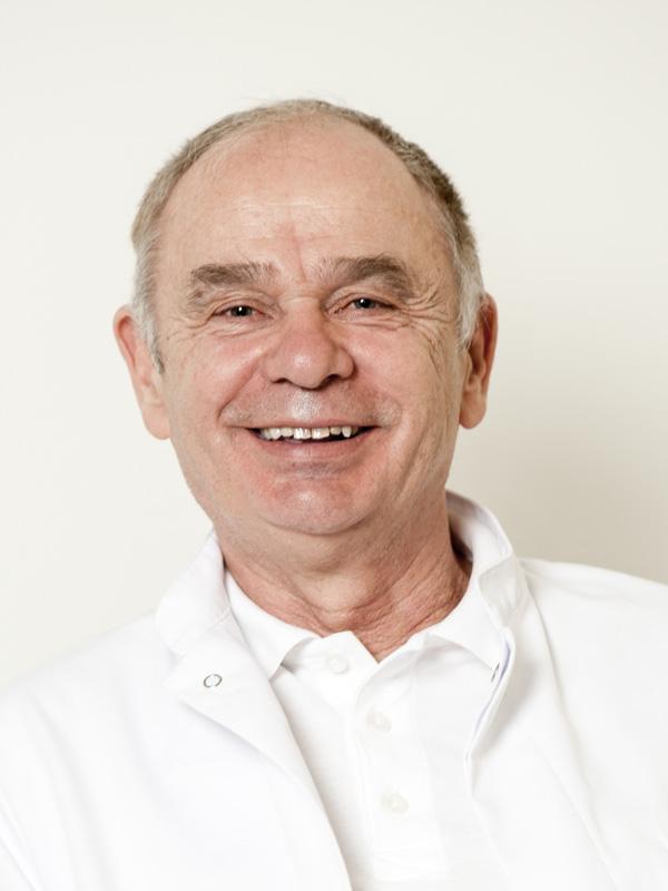 Dr. Hofer